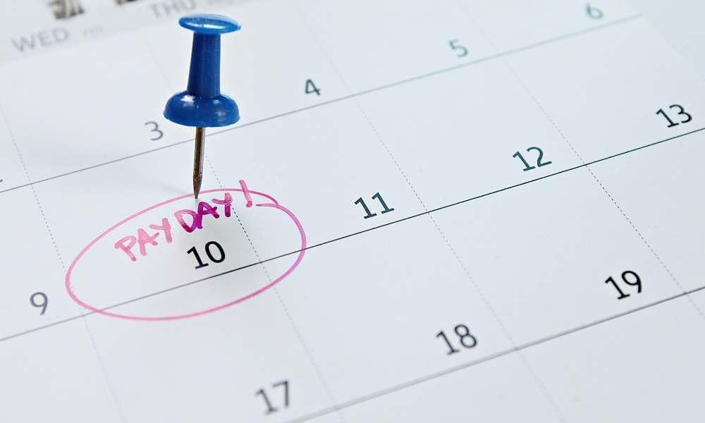 payroll-calendar-with-payday-circled